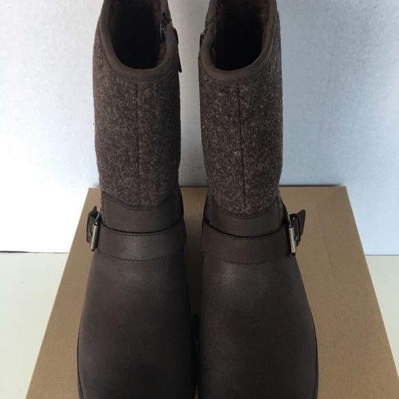 5cb16cca375 New UGG Women Robbie Boots. NWT